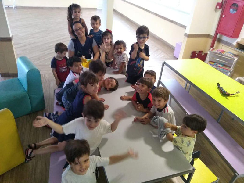 Colônia de Féria: Pintura e oficina de slime